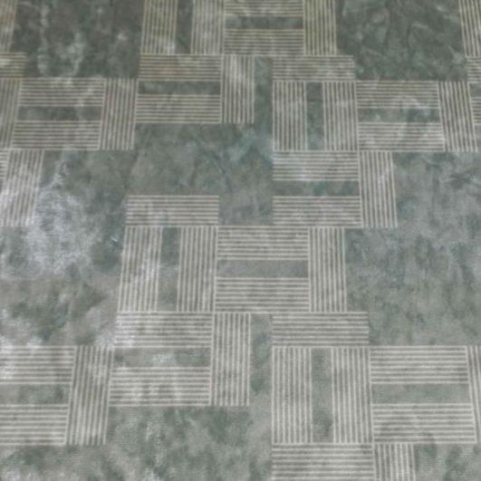 Ice Velvet Labyrinth